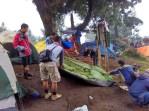 tenda-mendaki-gunung