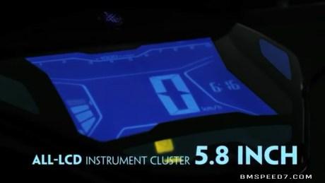 LCD 5,8 inchi bisa buat ngaca :D