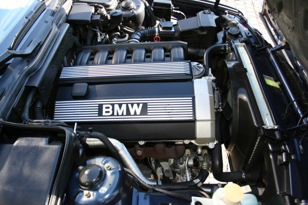 Двигатель BMW M10: описание, характеристики, фото