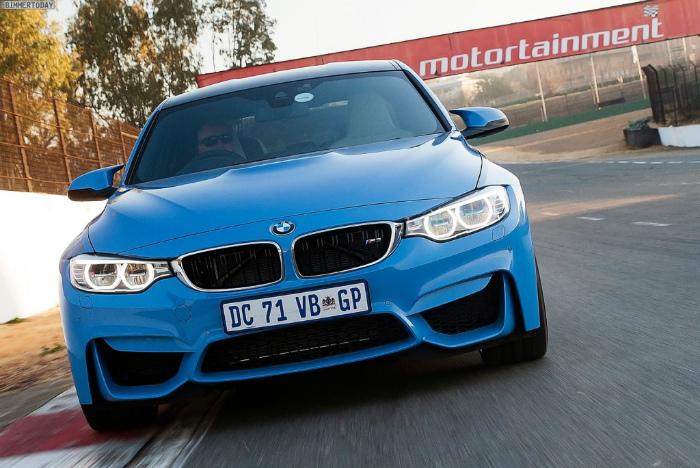 BMW-M3-F80-Wallpaper-Limousine-Yas-Marina-Blau-Suedafrika-54-1024x684