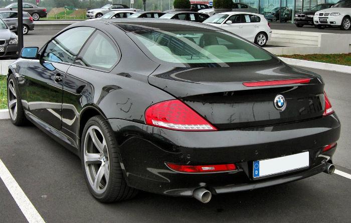 1280px-BMW_6er_Coupé_Facelift_20090808_rear