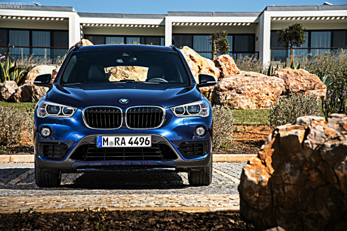 2016-BMW-X1-M-Sport-Package-1900x1200-images-12