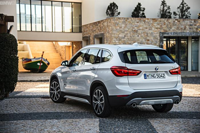 2016-BMW-X1-exterior-1900x1200-images-14