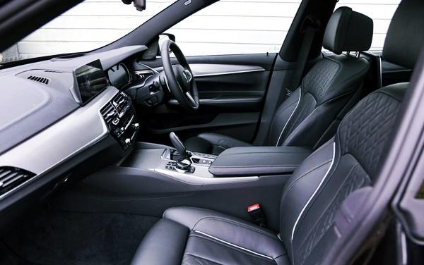 2021 BMW 6 Series GT Interior