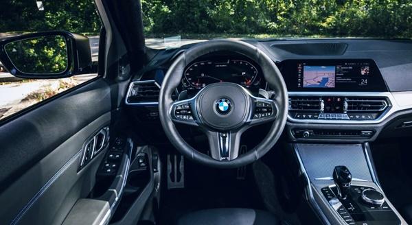 2022 BMW M340i Interior