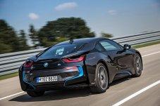 BMW i8 vista posteriore nero