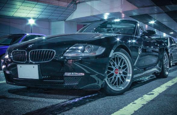 BMW Z4 カスタム e85 アイライン