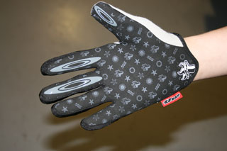 THE Skinz gloves