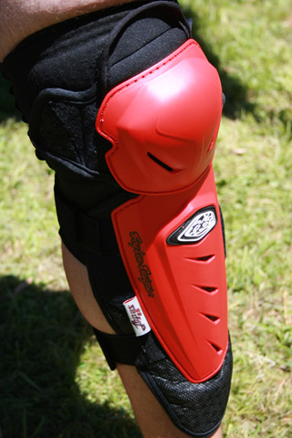 Troy Lee Designs Lopes Kneeguards