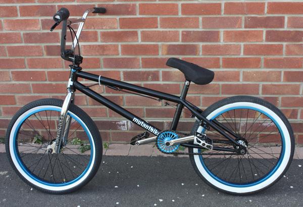 declan_Brooks_BMX_bike