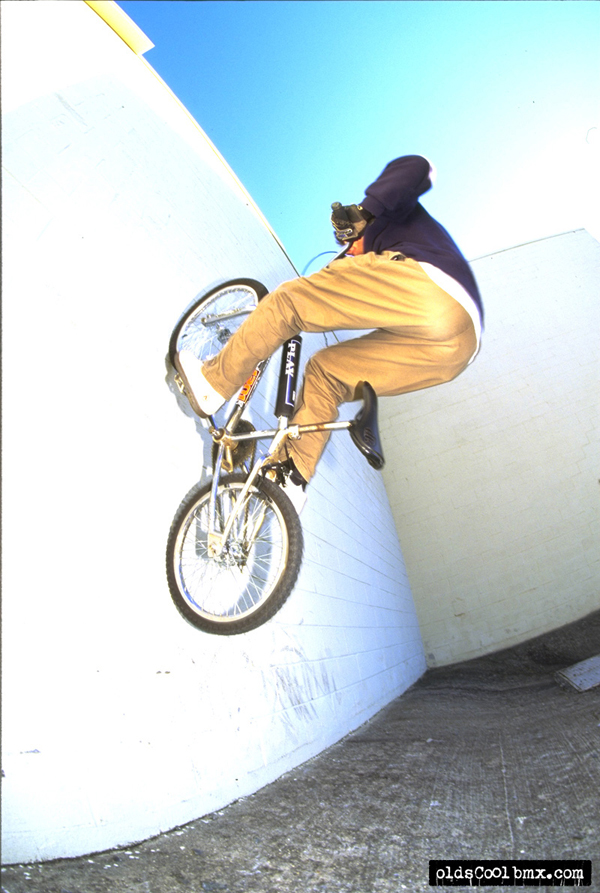Hal-Fakie-Wall-Ride