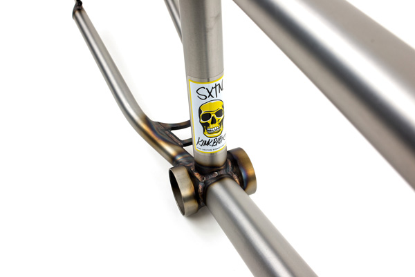 kink-bmx-sxtn-frame-bottom-bracket