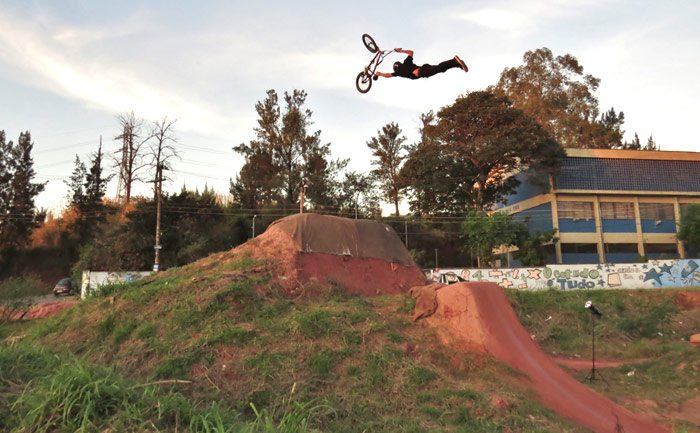 Photogallery: Leandro Moreira and the Caracas Trails by Edimar Miranda