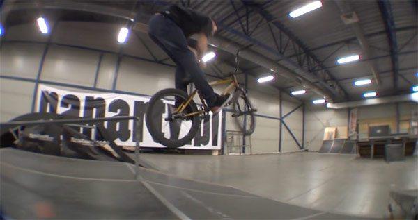 Manyfest BMX – Pawel Piotrowski: Skate In Park