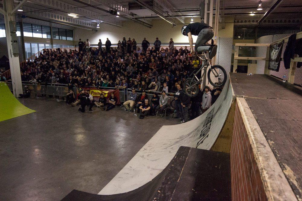 Toronto-X-Jam---Hugo-Larochelle-(Whip-to-Footjam-to-Downwhip)