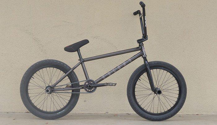 chris-bracamonte-bmx-bike-check-colony-700x