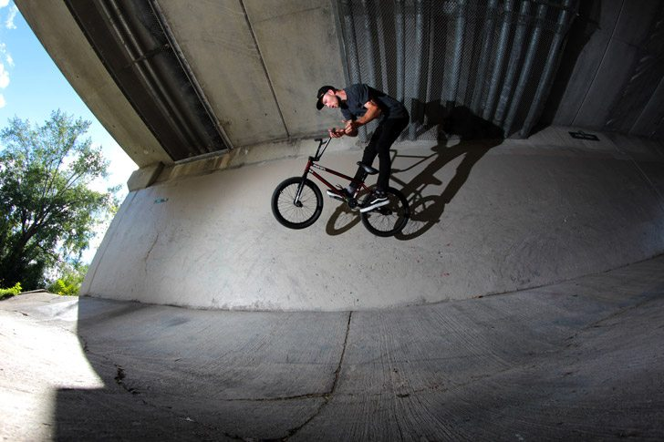 dan-coller-bmx-bike-check-barspin