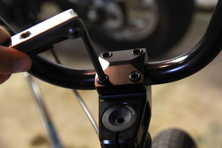 bmx-bike-maintenance-tips-tighten-bolts