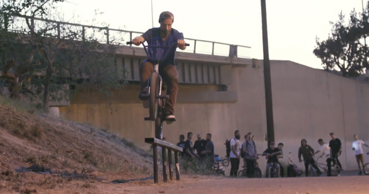Red Bull – Raditudes: Connecting the Local Scene