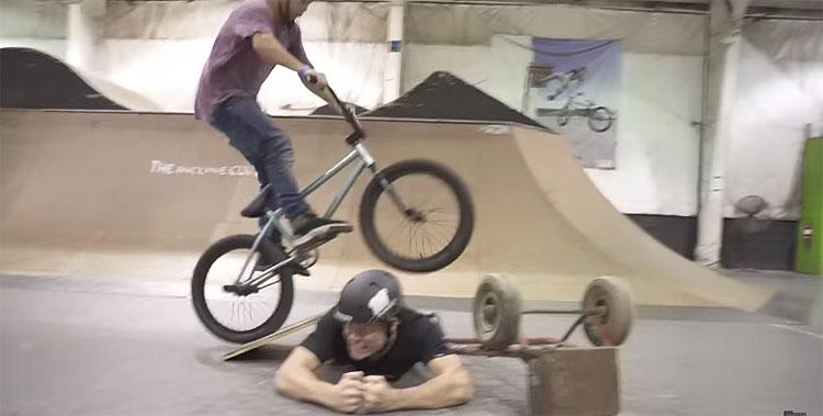 Crazy BMX Long Jump