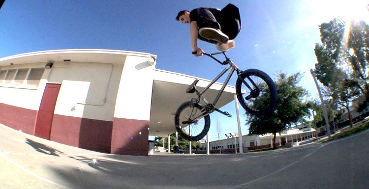 Sunday Bikes – Alec Siemon Cyclone Freecoaster Promo