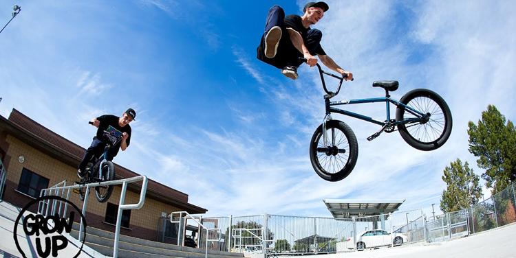 """Sunday Bikes – """"Grow Up"""" Arteaga, Duncan and Siemon Section"""