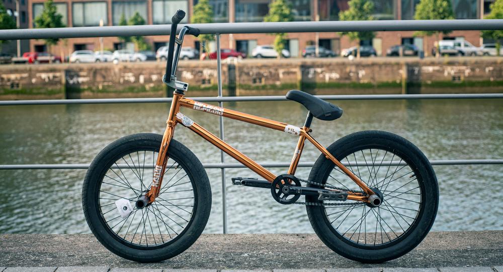 Leon Hoppe BMX Bike Check Radio Bikes