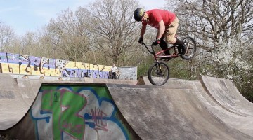 Neil Waddington Forty Something BMX video