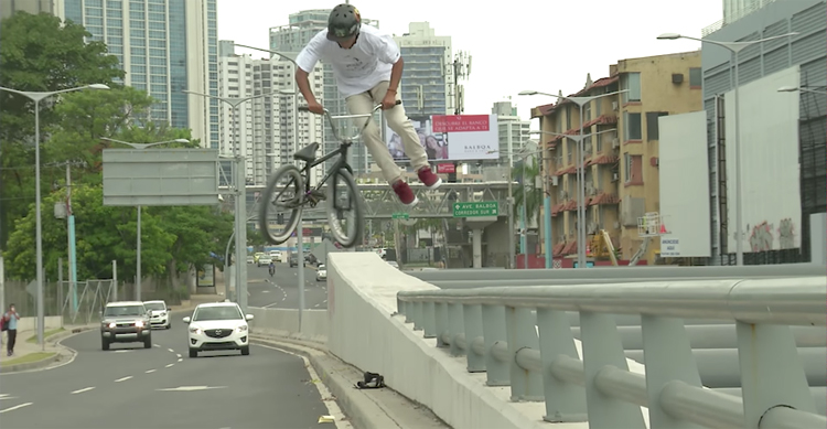 Kink BMX – Saturday Selects: Searching the Streets of Panama