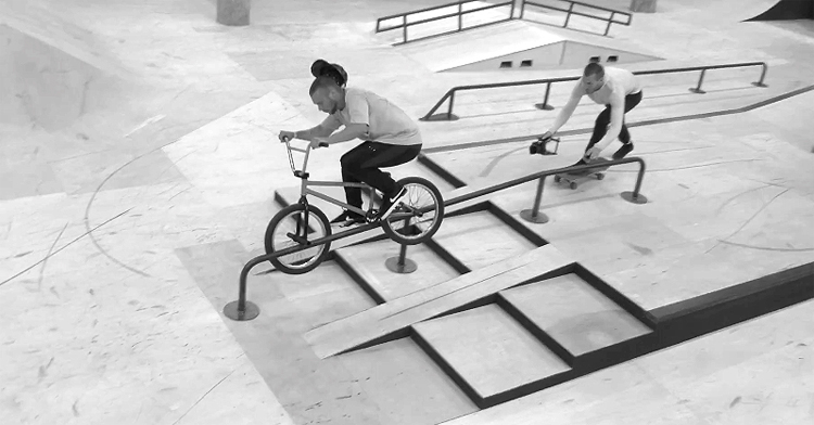 Source BMX – Battle of Hastings Plaza Session