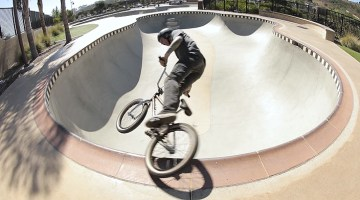 How To Lipslide with Anthony Napolitan BMX Video