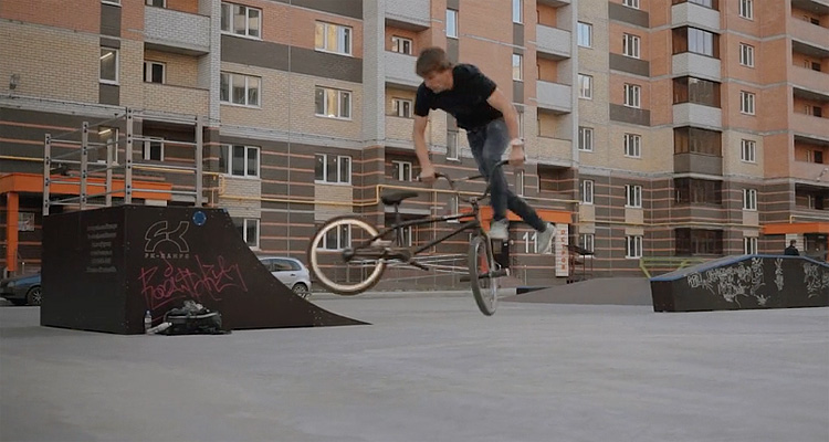 Kostya Chernov Flatland Video