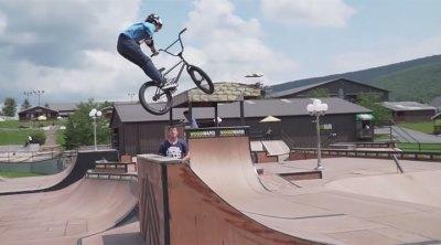 Hot Wheels Challenge Double Barspin BMX
