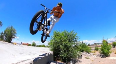 Alex Gonzalez Back Seat Quickie BMX video