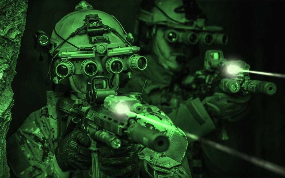Проникновение в здание ночью - тактика действий, снаряжение и методика