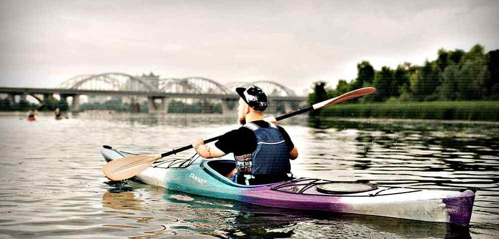 Лодка для экстренной эвакуации - Сваливать из города можно и по воде - Last Day Club