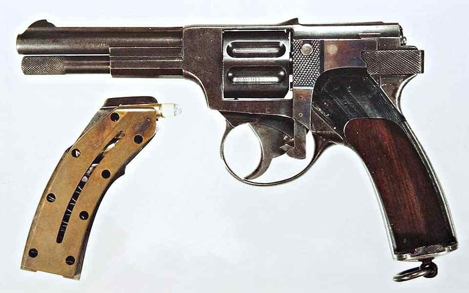 Landstad 1900 - Автоматический револьвер Ландстада - Last Day Club
