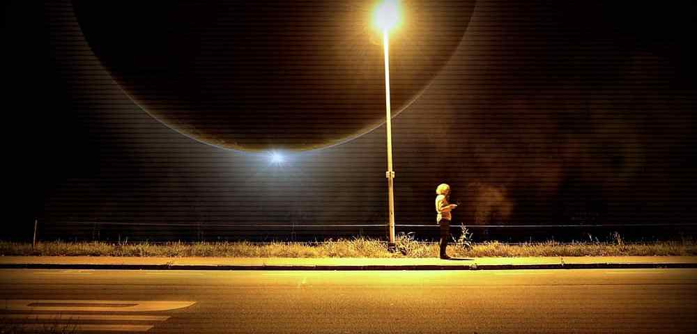 Угроза навязчивый незнакомец на улице - Last Day Club
