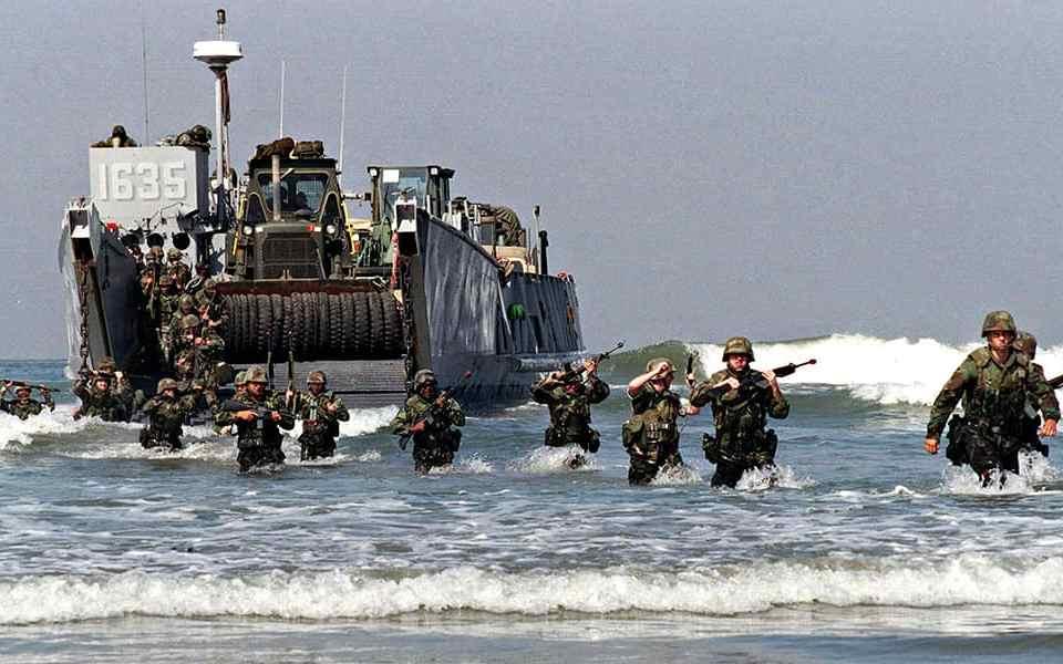 Боевое плавание и требования к нему в морской пехоте США