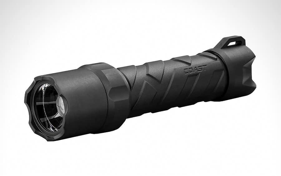 6 - Coast Polysteel 600R Tactical Flashlight - Тактические фонари - лучшие модели за 2020-й год