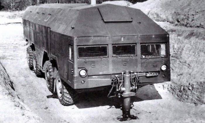 Экспериментальная военная техника: «Редут» - передвижной бункер на колёсах