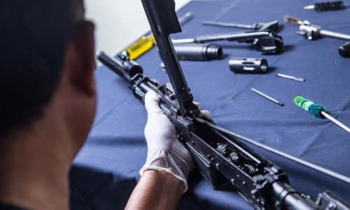 Оружейники - «Професии апокалипсиса» - 9 самых важных специальностей после БП