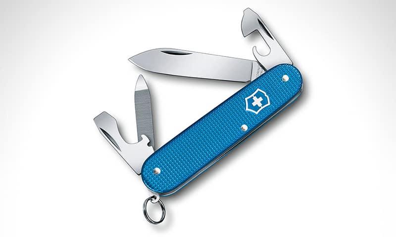 Victorinox Cadet LE 2020 Pocket Knife - Лучшие складные ножи для EDC стоимостью до 50 долларов