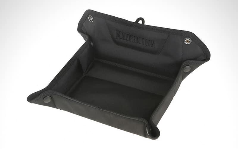 4 - Maxpedition Folding Travel Valet Tray - Органайзеры для EDC - 12 лучших стационарных и портативных моделей - Last Day Club