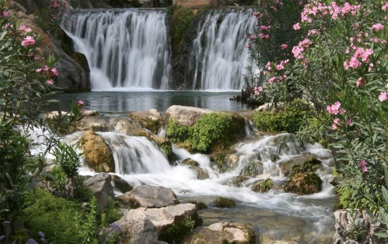 Ligging, Font-d- l'Algar, watervallen,
