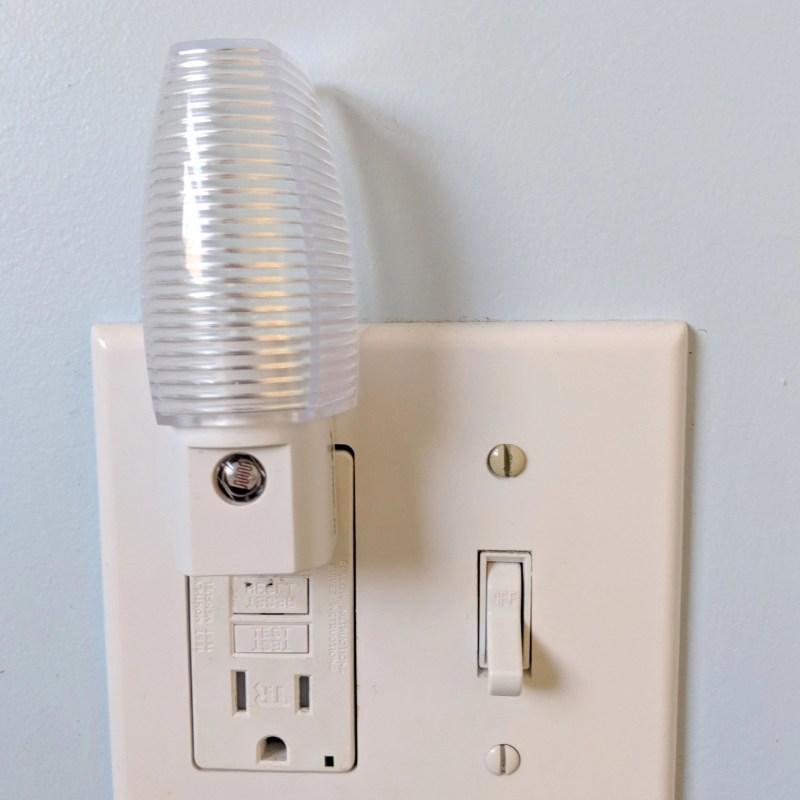 wall plugin nightlight