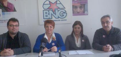 Parte do Grupo Municipal do BNG en rolda de prensa