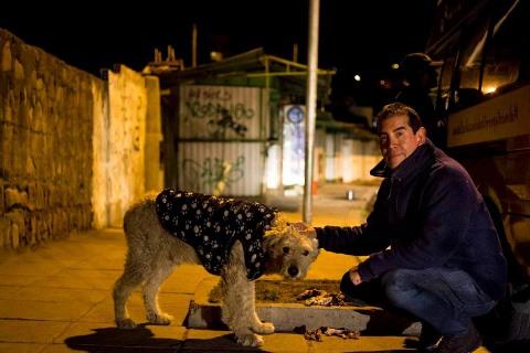 Ferchy´s Dogs busca el apoyo de los residentes bolivianos en el exterior