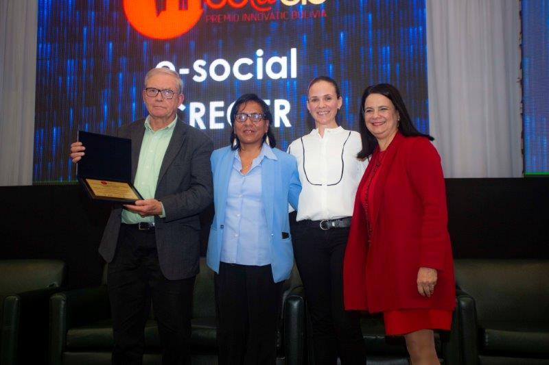 """El proyecto """"Mujeres Conectadas""""recibe premio a la innovación"""