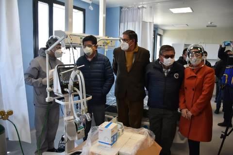 CBN entrega dos respiradores para terapia intensiva y207 mil ítems de bioseguridad para combatir la COVID-19